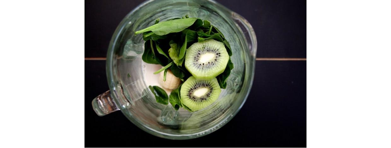 Spinach, Kiwi & Chia Seed Smoothie